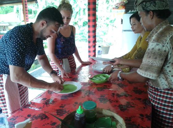 Enjoying Bali Cooking